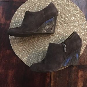 Clark's suede wedge booties